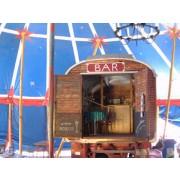 Zirkuswagen mit Bar mieten