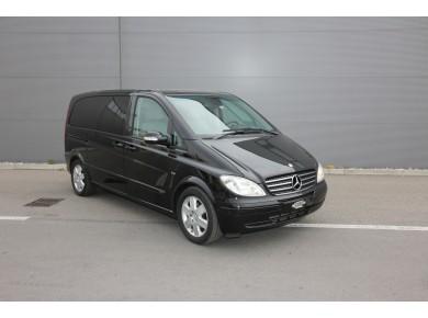 Personenwagen Mercedes-Benz 8 Plätzer
